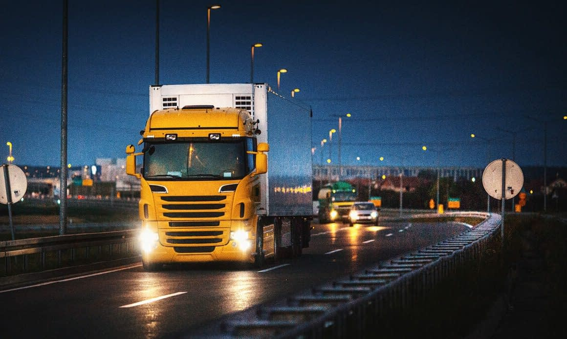 Legislação de trânsito e transporte de cargas: o que fazer para cumprir as normas e leis?