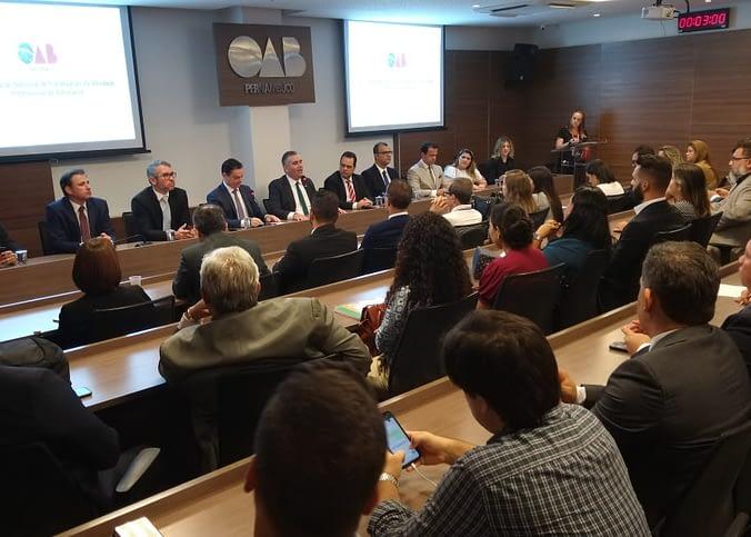 OAB-PE discute sobre rumos da publicidade na advocacia