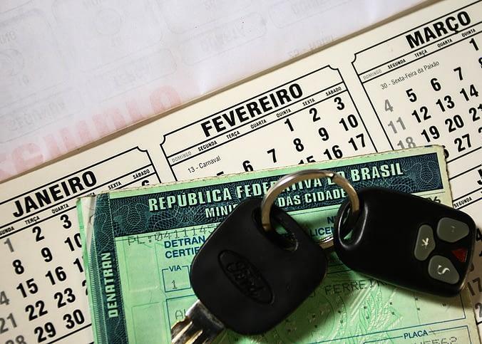Pagamentos de débitos para licenciamento não será obrigatório
