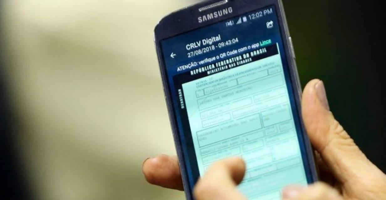 CRLV digital agora é obrigatório; versão impressa será extinta